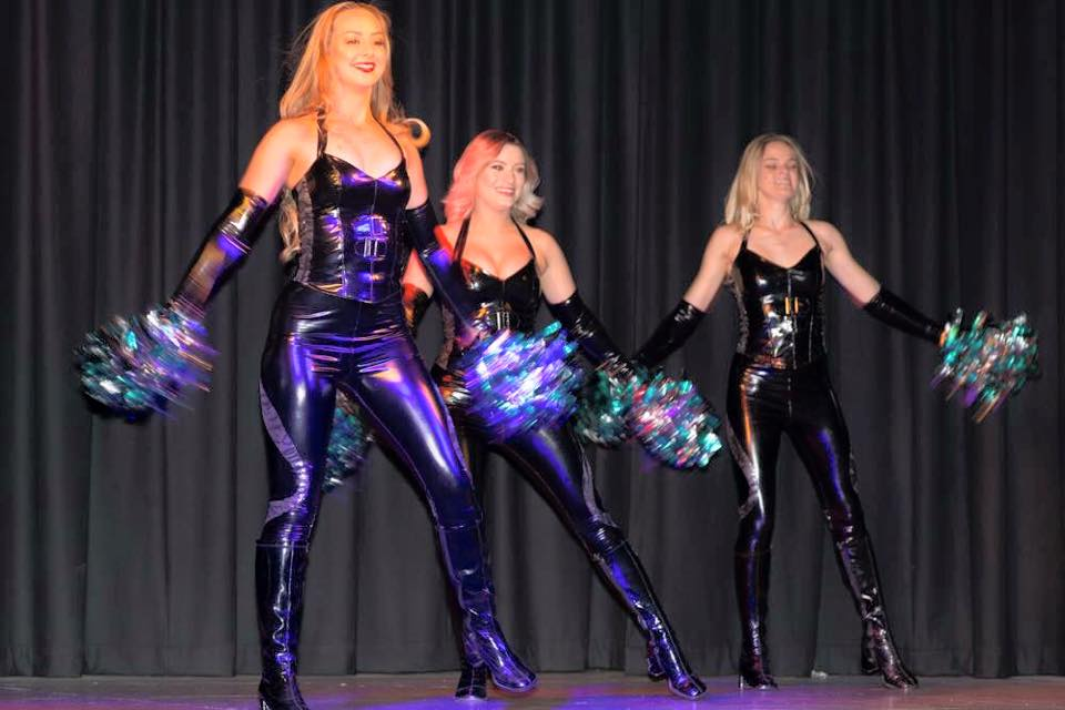 Stretch Vinyl For Cheerleading Outfits
