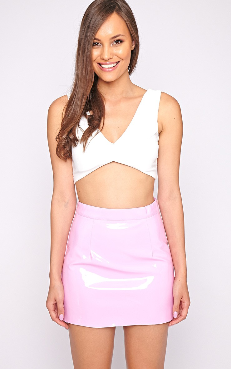 28ae6f7e688afa How To Style A Pink PVC Skirt