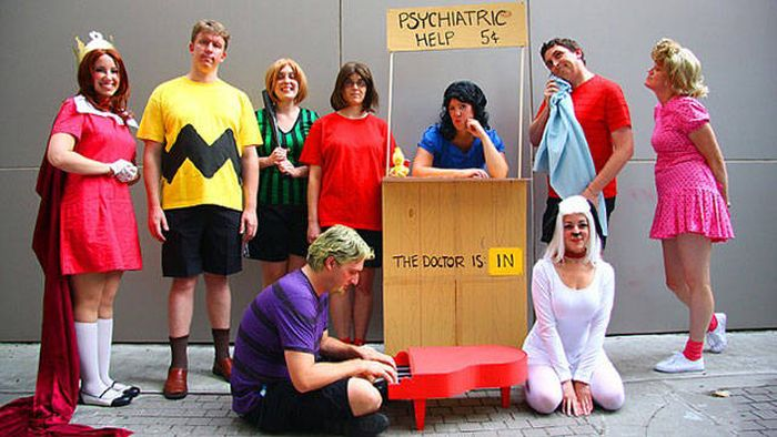 Large Group Halloween Costume Ideas.What Makes For A Great Halloween Costume