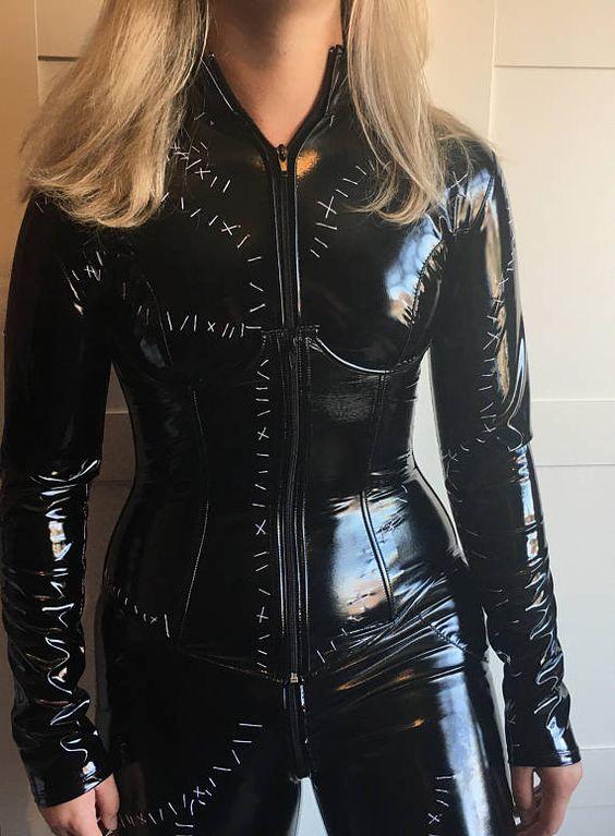 Batgirl black vinyl