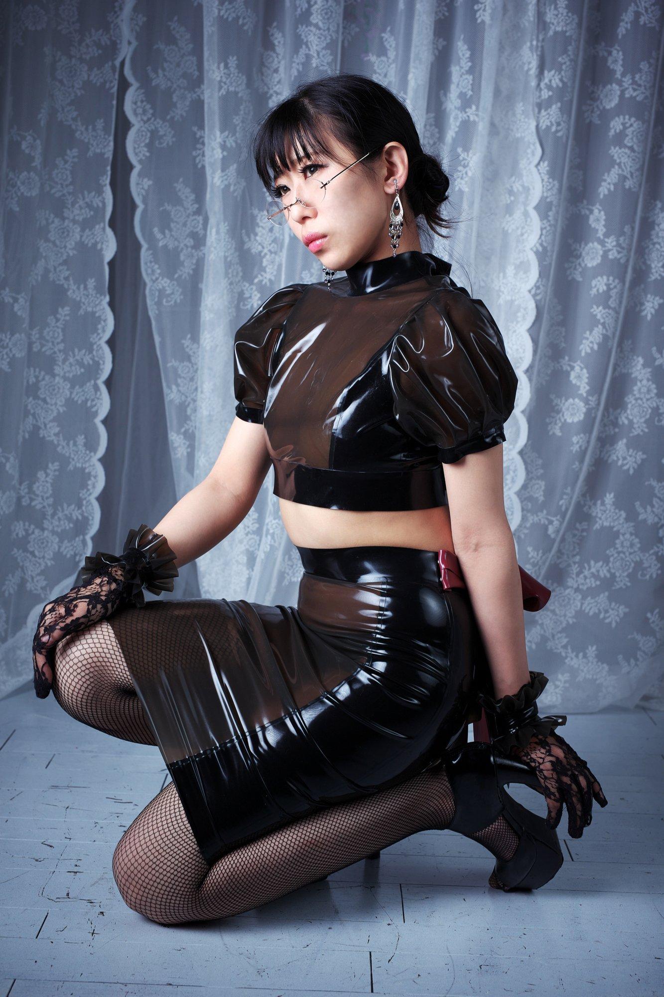 Black latex skirt set
