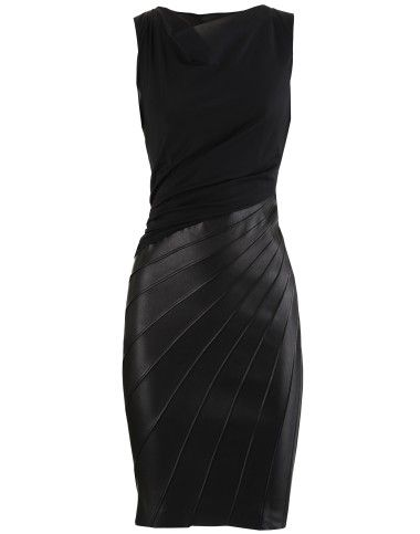 Black leather skirt with curved cuts
