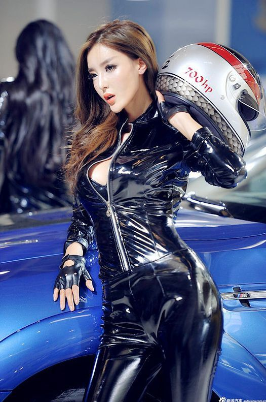 Jenni Lee 4