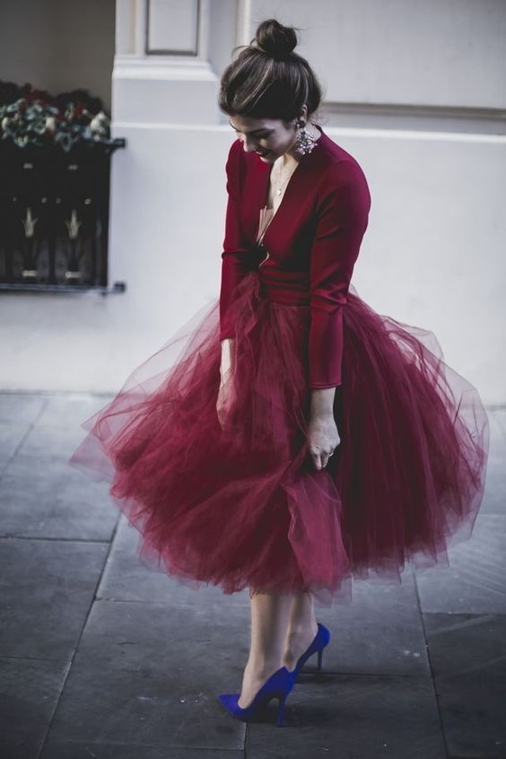 burgundy tulle for skirt_1.jpg