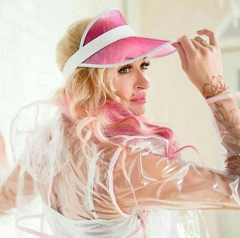 Celar vinyl with baby-pink trim