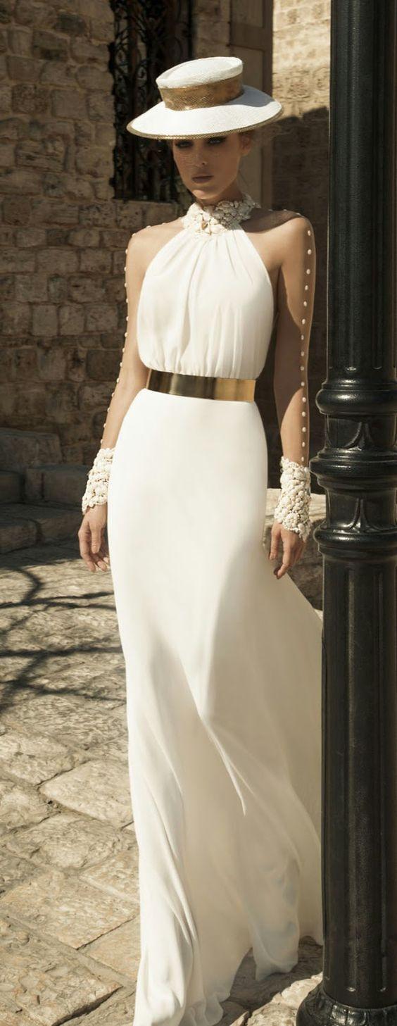 Bridal dress with gold metal belt