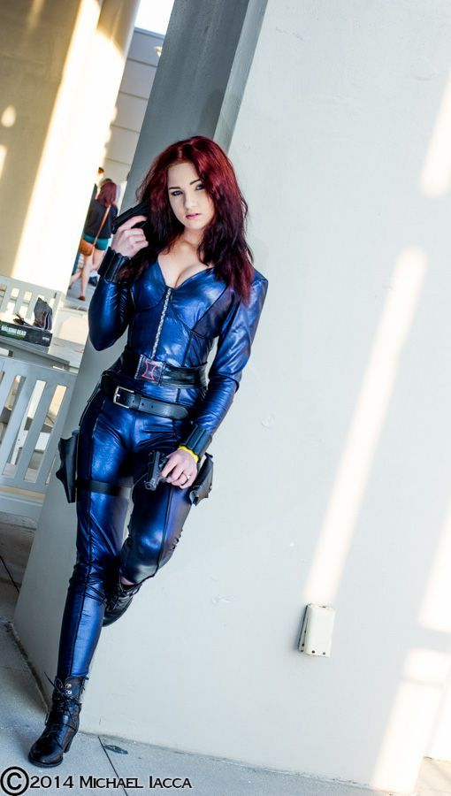 Metallic blue Black Widow