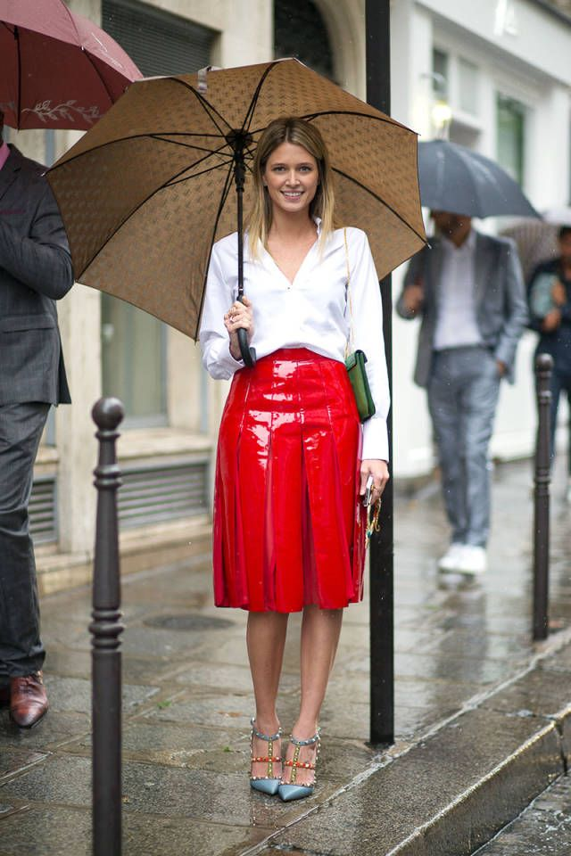 Image Of Red Pleated Vinyl Skirt