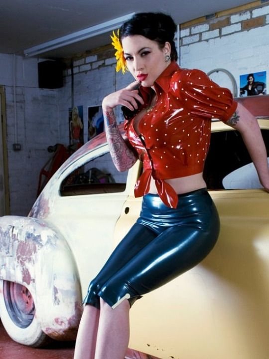 Retro pinup latex outfit
