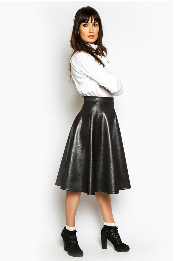 Stretchy faux leather A-line skirt