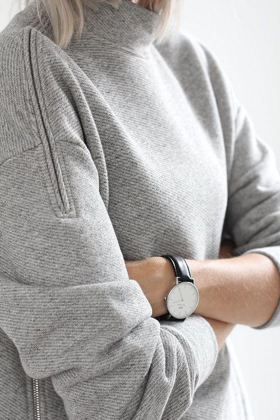 Grey sweatshirt with zippers
