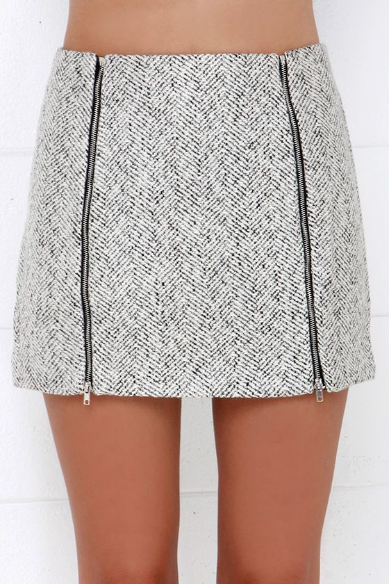Tweed skirt with zipper detail