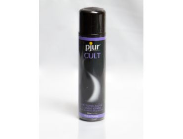 Pjur latex sheeting shine and conditioner.