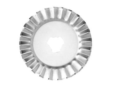 Fiskar 45mm pinking rotary cutter blade.