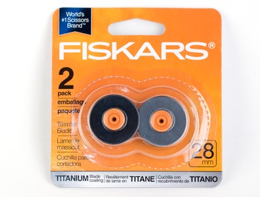 Fiskars 28mm titanium replacement blade 2-pack.