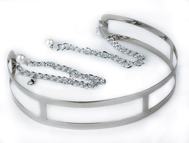 Silver metal belt with chain ties.