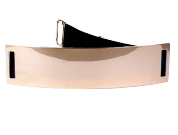 Gold metal belt with elastic waist.