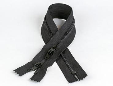 36 inch 3-way black zipper.