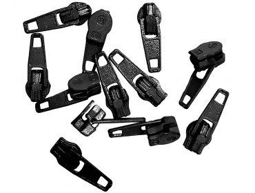 Black zipper pulls.