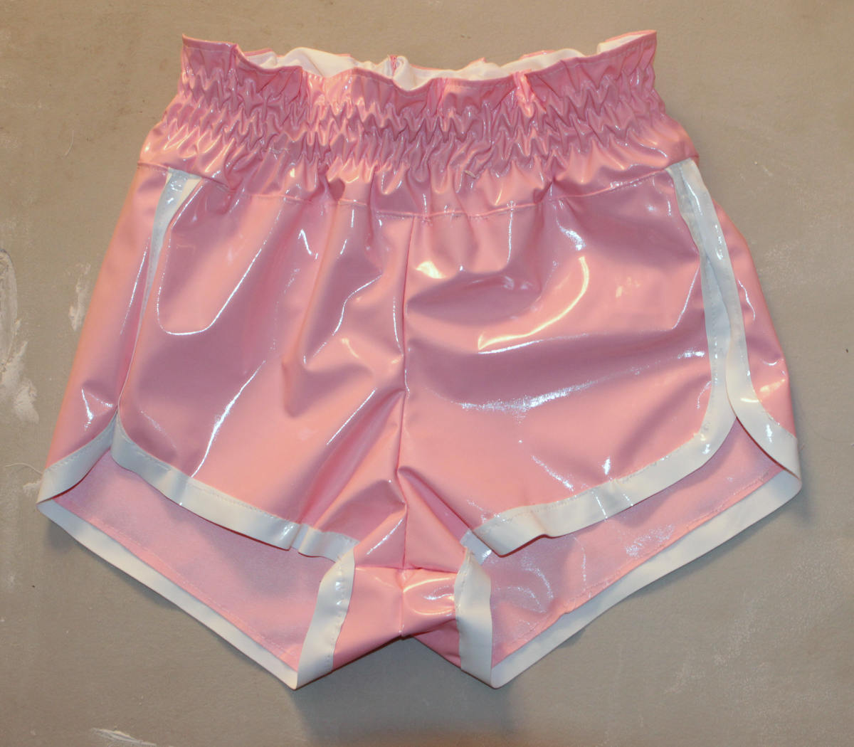 Front image of finished retro 80s shorts sewing pattern.